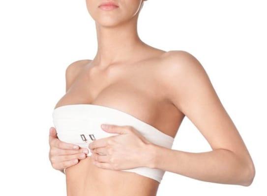 Một số trường hợp chị em cần phải tháo bỏ túi ngực đã độn