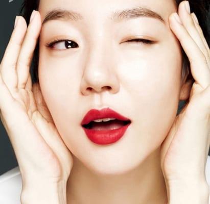 Phẫu thuật cắt môi là phương pháp cắt gọn môi để tạo một đôi môi đẹp như ý muốn