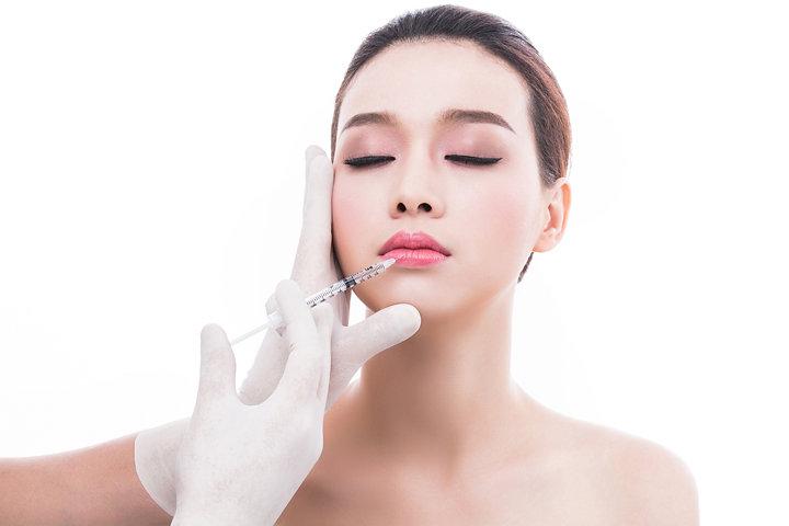 Phương pháp nào tạo môi không phẫu thuật?