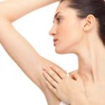 Hút tuyến mồ hôi vùng nách có điều trị dứt điểm viêm cánh không?