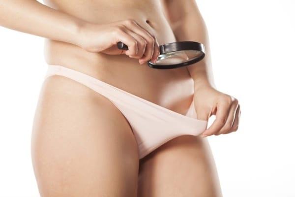 Thường xuyên theo dõi tình trạng âm đạo sau tiểu phẫu