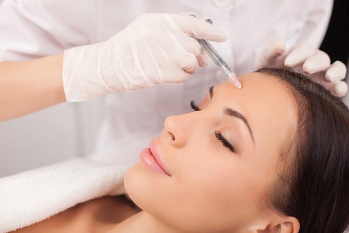 Ưu điểm của phương pháp siêu âm mũi là tính chính xác, độ an toàn, ít gây chấn thương và thời gian phục hồi nhanh chóng