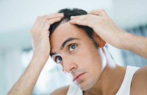 Có rất nhiều nguyên nhân dẫn đến tình trạng mắc bệnh u mỡ ở đầu.