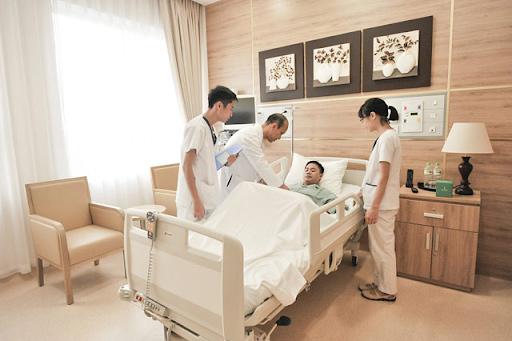 Chất lượng khám chữa bệnh hiệu quả, đội ngũ y bác sĩ giỏi, có chuyên môn tay nghề cao.