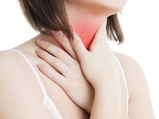dấu hiệu của bệnh bướu cổ